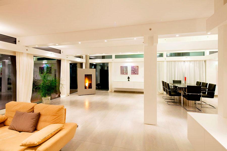 3 errori case in legno e vetro flock haus switzerland for Casa di vetro contemporanea