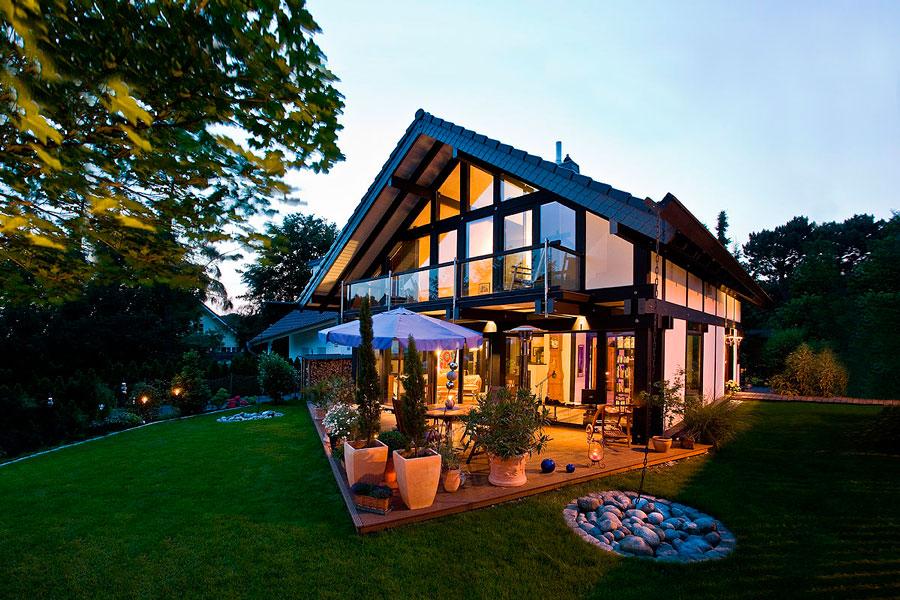 FLOCK Haus - costruzione case legno-vetro Canton Ticino