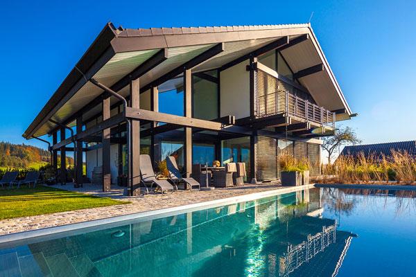 Case di legno di lusso soggiorno interni con pavimenti in for Ville in legno di lusso prezzi